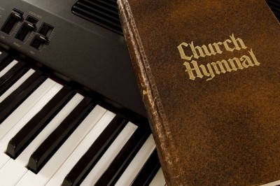 7 Ways To Glorify God Through Music