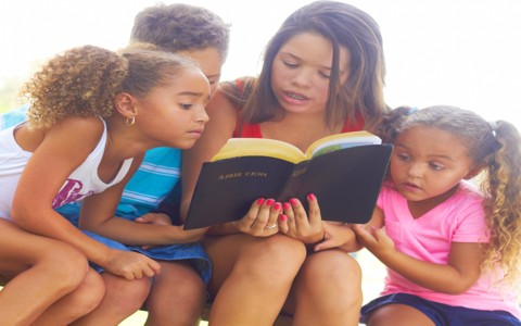 7 Tips In Teaching Children and Teens To Read The Bible
